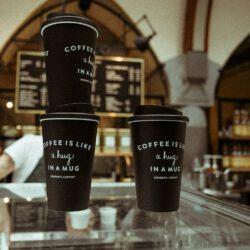 De voordelen van kartonnen koffiebekers