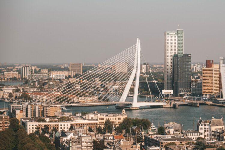 Vergaderen in De Kuip in Rotterdam