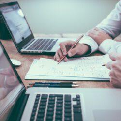 Tips om je bedrijf te beschermen tegen financiële risico's