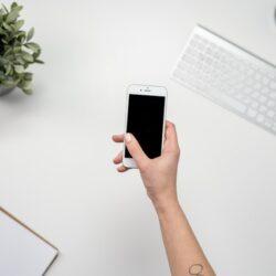 Zakelijke telefonie: prepaid of een abonnement?
